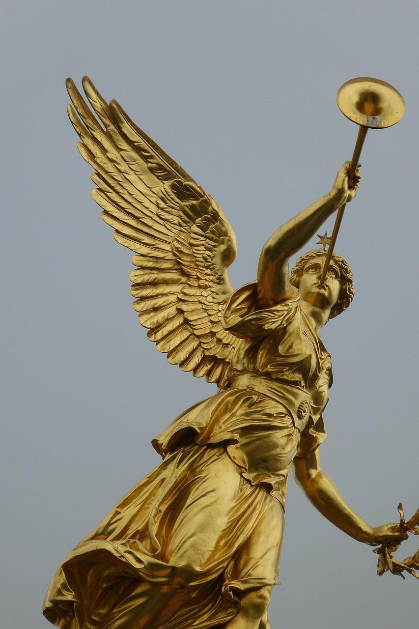 天使のラッパ